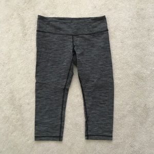 Lululemon. Wunder Under Crop. Diamond Jacquard